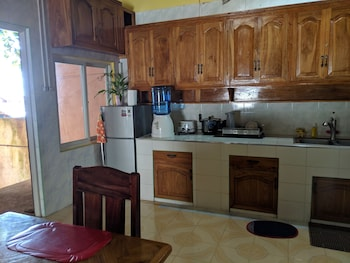 CAMIGUIN ISLAND HOME Private Kitchenette