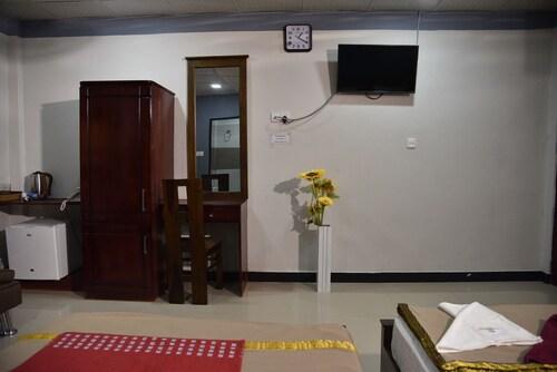 Global City Hotel, Colombo