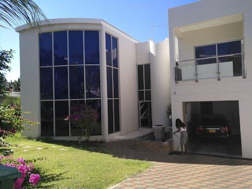 Heavenly Vale Home Self Catering, Windhoek East