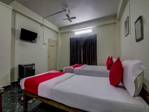 OYO 14426 V Knot Residency, South Andaman