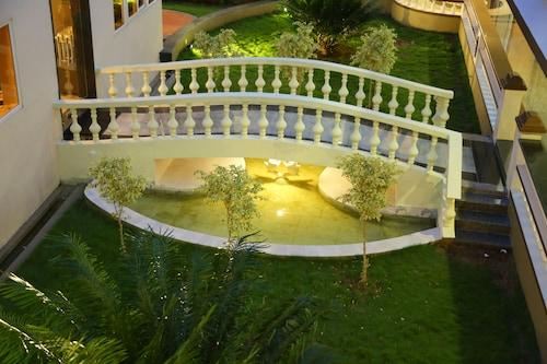 Athena Hotel, Tiruvannamalai