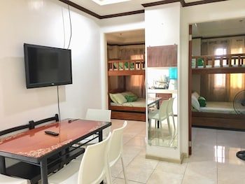 2BR 405 ROSS ANNE BAGUIO TRANSIENT Living Area