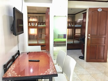 2BR 408 ROSS ANNE BAGUIO TRANSIENT Living Area