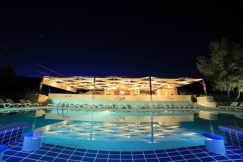 West Bekaa Country Club, West Bekaa