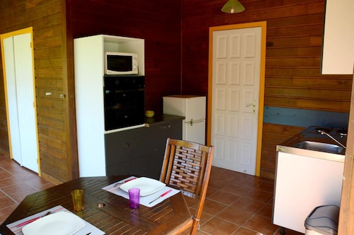 Bungalow With one Bedroom in Le Moule, With Wonderful sea View, Pool A, Le Moule
