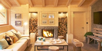 Chalet 9 Bedrooms, 20 Persons