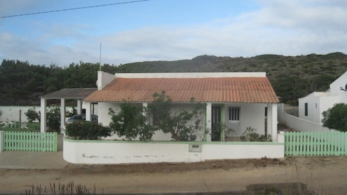 House With 3 Bedrooms in Aljezur, With Wonderful Mountain View and Enc, Aljezur