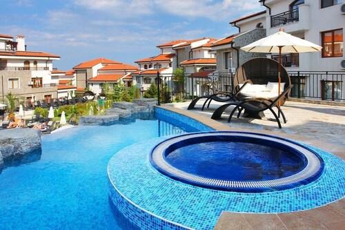 Apartments in Vineyards Resort, Pomorie