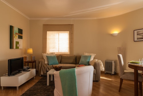 Rainha Holiday Rental, Cascais