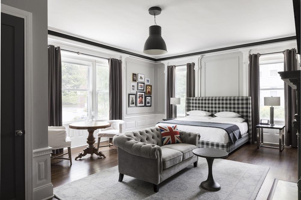 Room, 2 Bedrooms