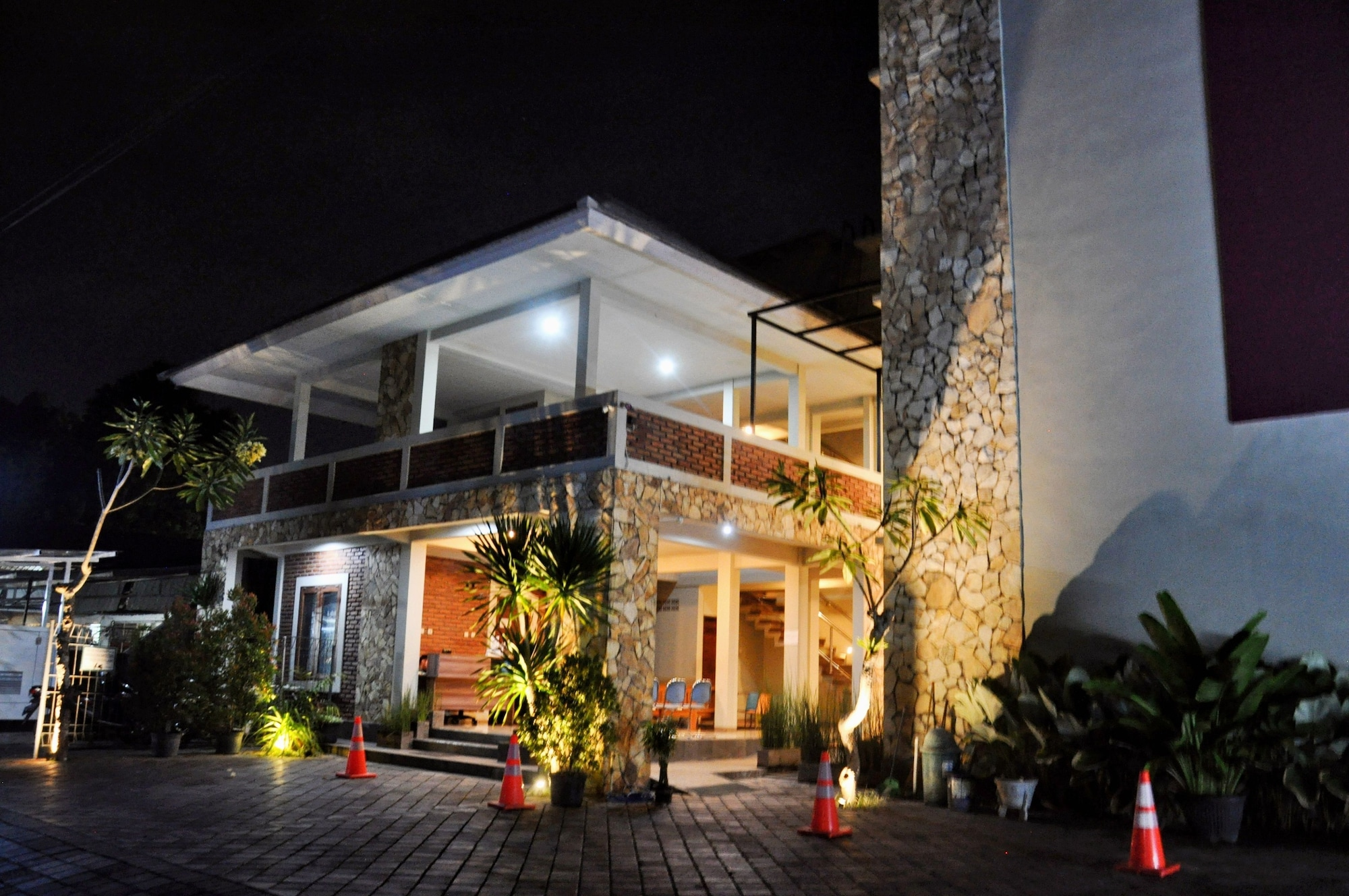 Hastina Stylish Hotel, Mataram