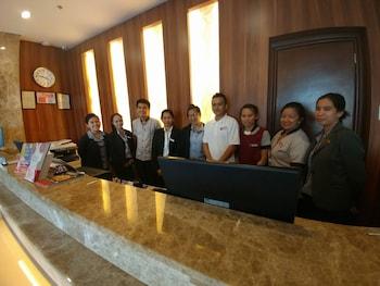 APARTEL UNITS BY V HOTEL AND APARTEL Reception
