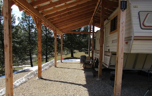 Uncle Billy Bob's Redneck Trailers Vacation Rentals-Bubba's Glamper #4, Boise