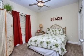 Crystal Shores West 307 - Two Bedroom Condo