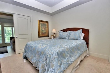 One Club 3711 - One Bedroom Condo