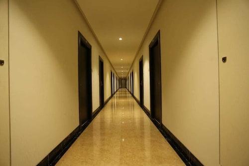 Hotel Grand Parivaar, Nashik