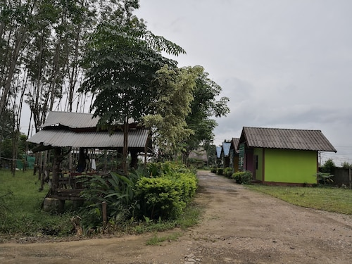 Jutamas Resort, Bung Kan