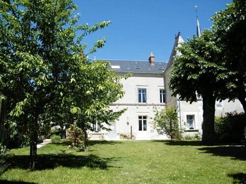. Closerie La Fontaine