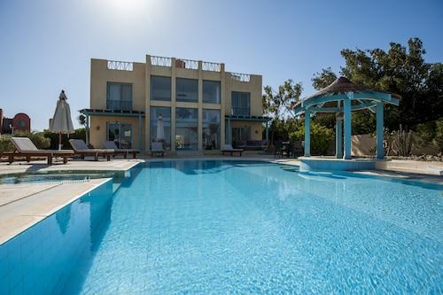 Stunning Golf Villa in El Gouna, Al-Ghurdaqah 2