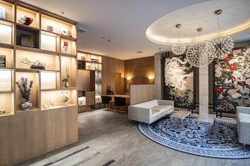 KYOTO SHIJO TAKAKURA HOTEL GRANDEREVERIE Featured Image