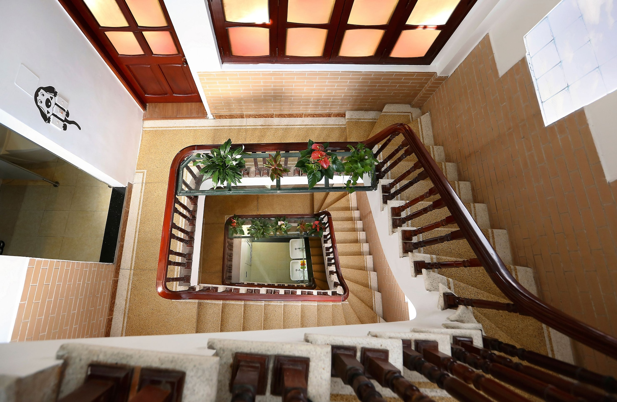 Hanoi High Five Hostel, Hoàn Kiếm