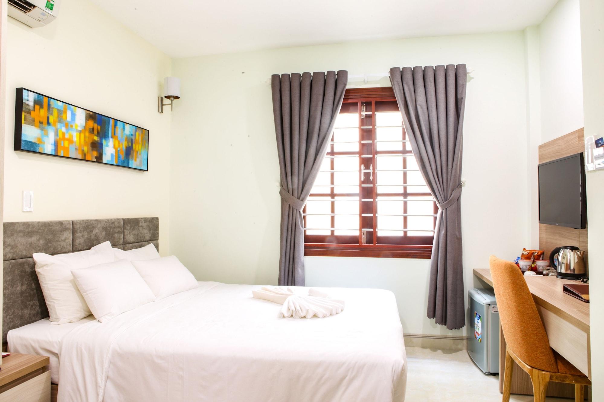 Lake View Hotel, Qui Nhơn