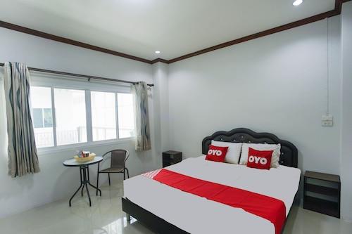 . OYO 75394 Sakthong Grand Hotel