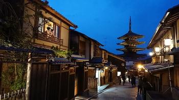 CAMPTON KIYOMIZU Street View