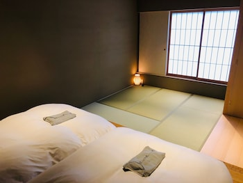 CAMPTON KIYOMIZU Room