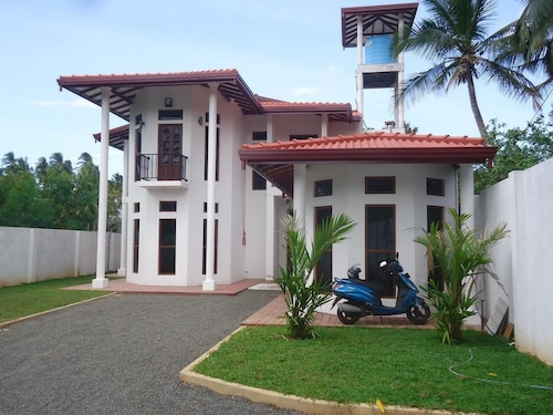 . Amawin Resort