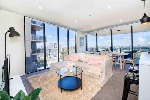 Stunning Panoramic Brisbane View, South Brisbane