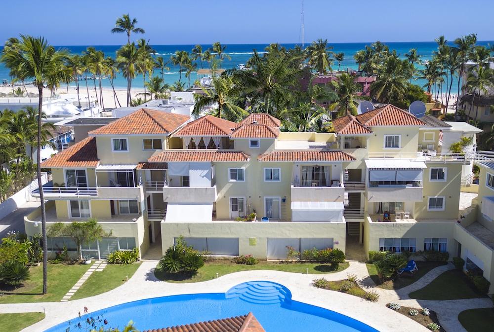 Las Terrazas Vip Pool Beach Club Spa Qantas Hotels