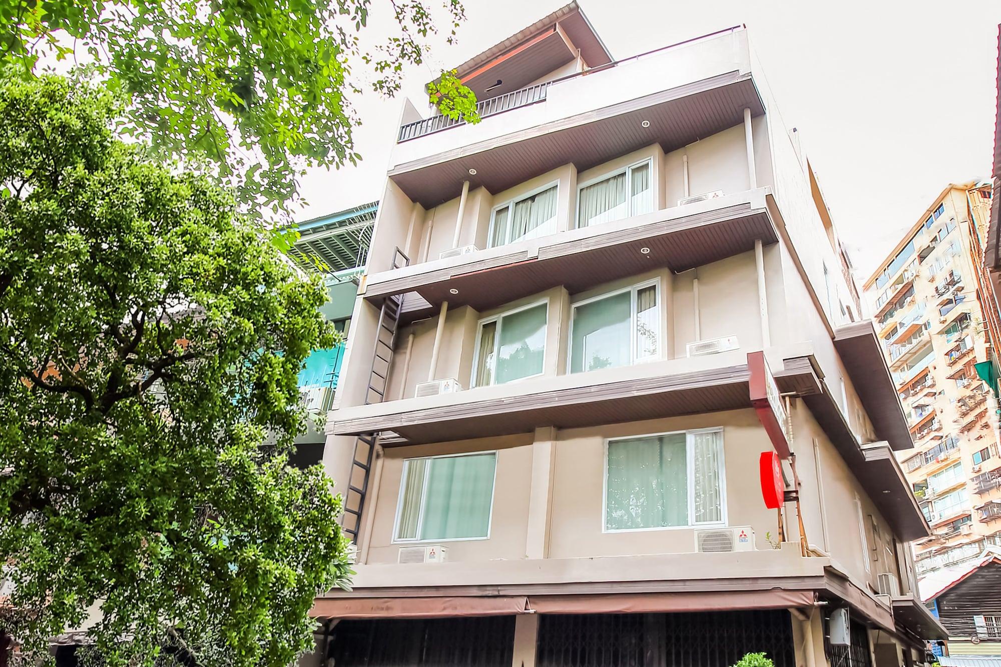 OYO 307 Baan Udom, Samphantawong
