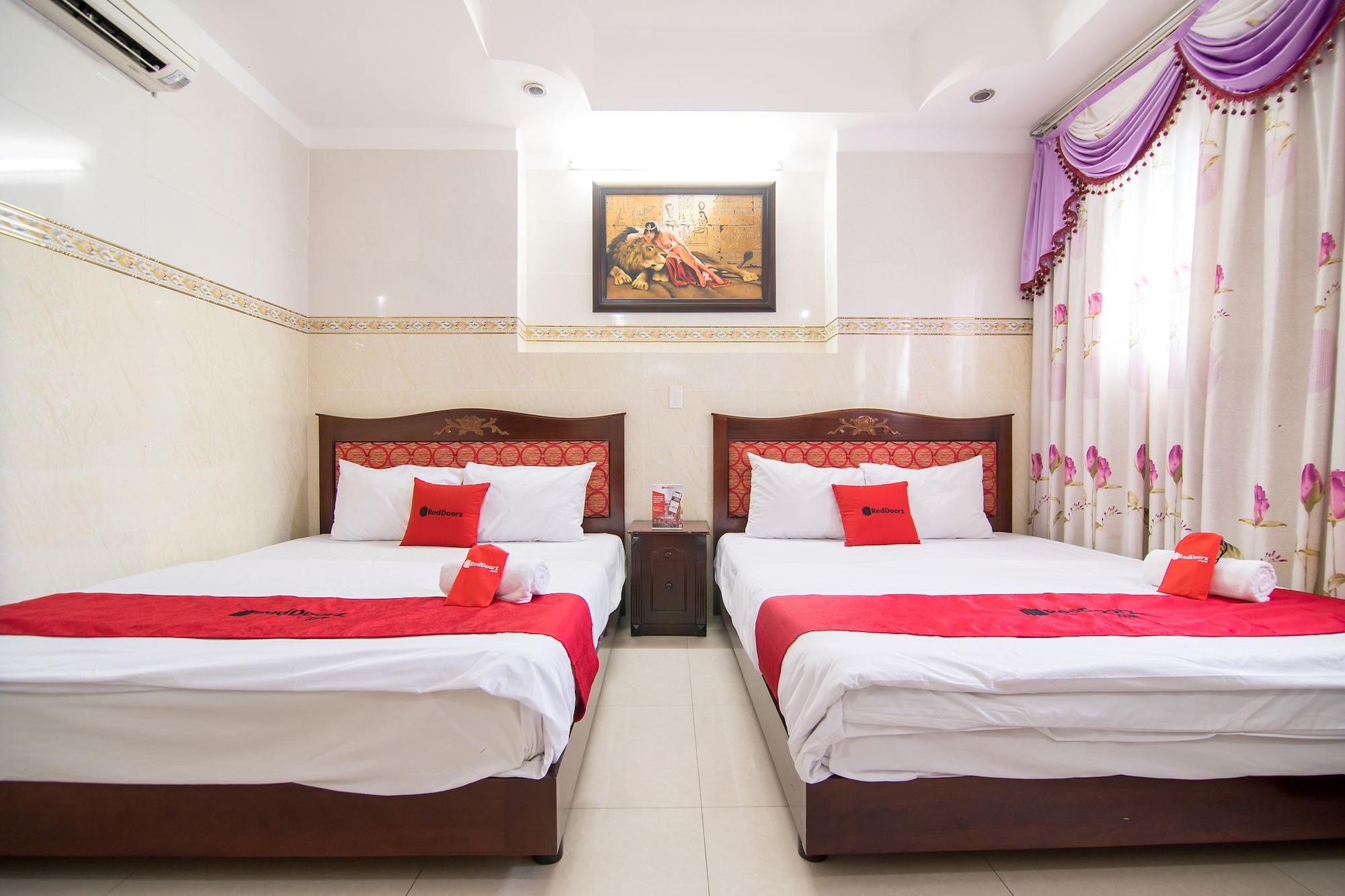 Hoang Dung Hotel, Tân Bình