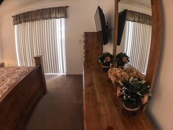 Kokomo Retreat Apartment 4 Bedroom
