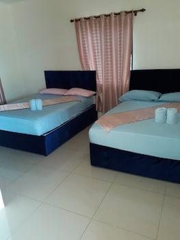 . Gold Town Tavua Hotel