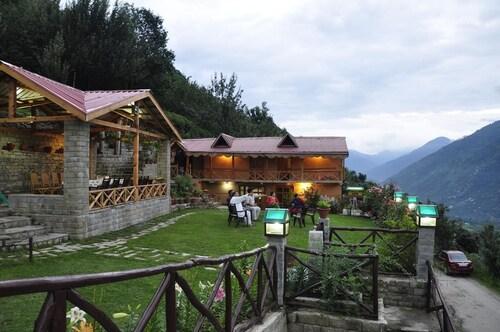 . Himalayan Kothi Kais