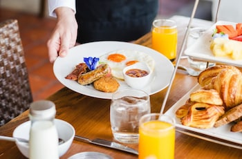 SEDA AYALA CENTER CEBU Breakfast Meal