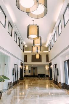 SEDA AYALA CENTER CEBU Hallway