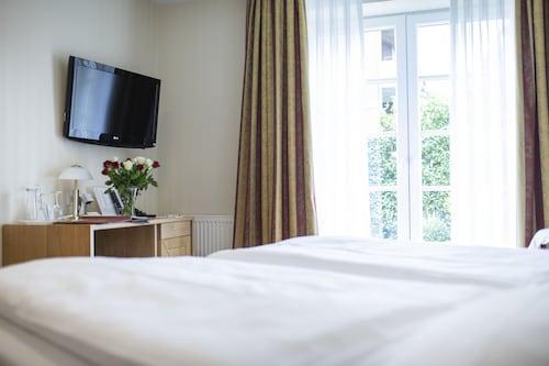 . Hotel Wardenburger Hof
