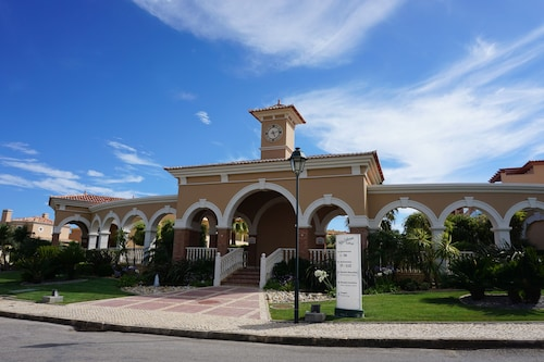 Boavista Golf Townhouse, Lagos
