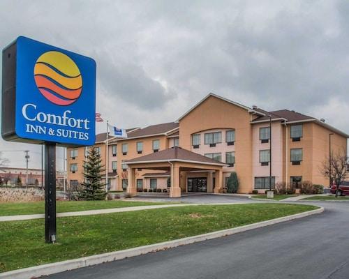 __{offers.Best_flights}__ Comfort Inn & Suites Farmington - Victor