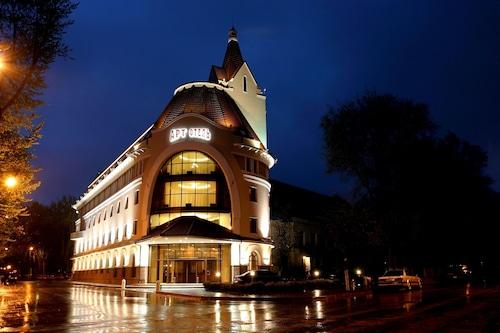 Art Hotel, Novousmanskiy rayon
