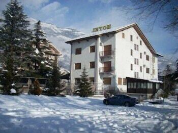 Hotel - Hotel Dujany
