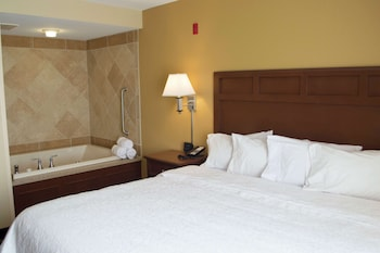 One King Bed, Non-Smoking, with Jetted Tub