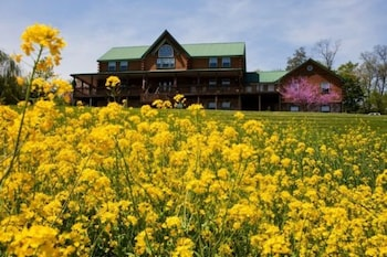Hotel - Berry Patch Bed and Breakfast