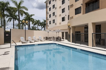 邁阿密海豚購物中心萬怡飯店 Courtyard by Marriott Miami at Dolphin Mall