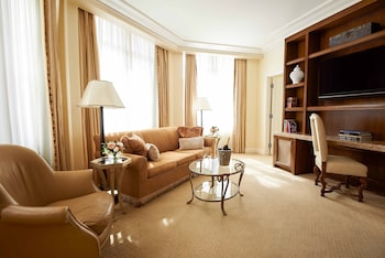 Beverly Suite