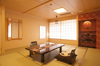 MATSUI BEKKAN HANAKANZASHI Room