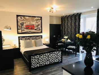 Hotel - So Sienna Aparthotel